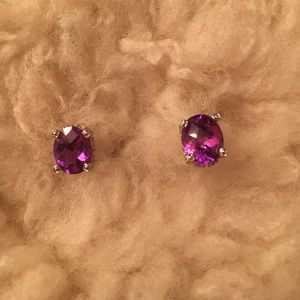 Jewelry - Vintage Purple Earrings